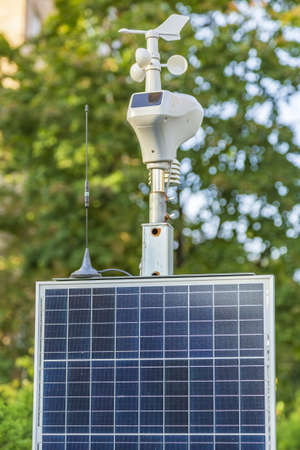 Portable outdoor solar-powered weather station for measuring wind, light and temperature