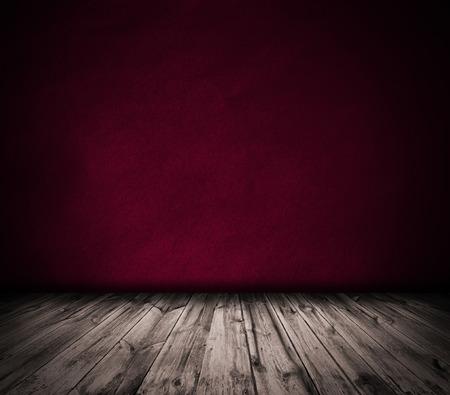 Red wall and wooden floor interior background Standard-Bild