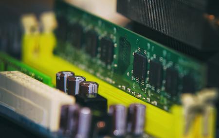 mainboard: Installation of RAM on Computer