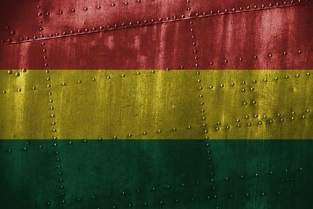 bandera de bolivia: texutre de metal o de fondo con la bandera de Bolivia