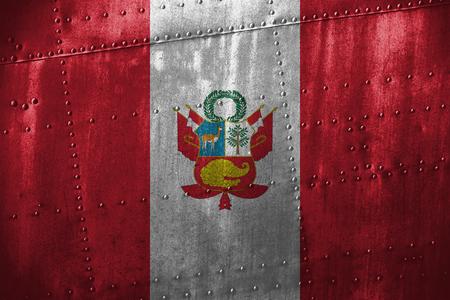 bandera de peru: texutre de metal o de fondo con la bandera de Per�