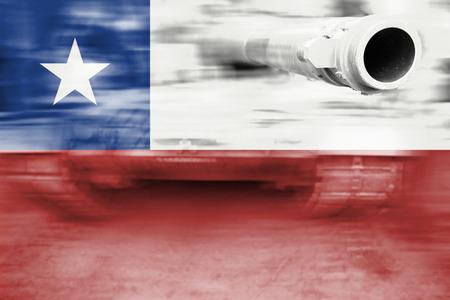 bandera de chile: military strength theme, motion blur tank with Chile flag Foto de archivo