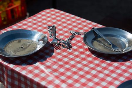 Twee borden op ketting, Poolse PRL-stijl Stockfoto - 64146303