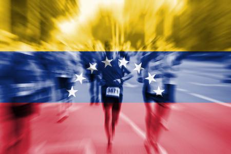 bandera de venezuela: corredor de maratón movimiento desenfoque con la mezcla de la bandera de Venezuela Foto de archivo