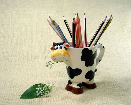 Color pencils in a cup Stock Photo - 617869