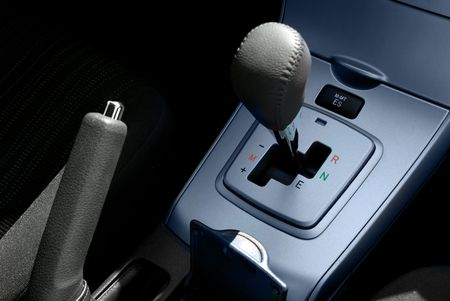 motor vehicle: Automatic transmission and manual brake in a modern motor vehicle Stock Photo
