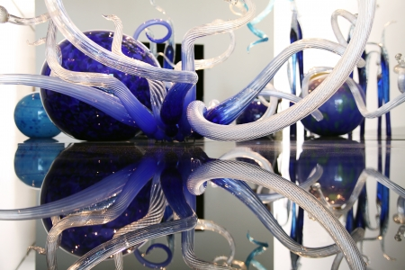 chihuly: TEL AVIV - JULY 18: Chihuly exhibit Art glass at Litvak gallery on june 18, 2011 in Tel Aviv  Editorial