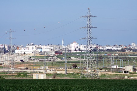 palestinian: Transmission of electricity from Israel to the Palestinian autonomy Stock Photo