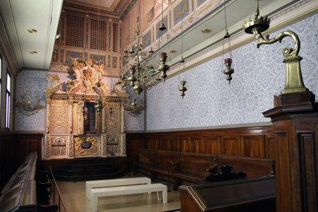 israel museum: JERUSALEM, ISRAEL - DECEMBER, 14, 2014:  Vittorio Veneto Synagogue from 1700 AD, northern Italy, Israel Museum