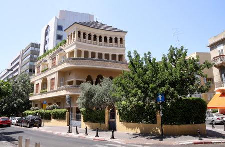 tel: TEL AVIV, ISRAEL - AUGUST 19, 2014: King Albert Square in the heart of Tel Aviv