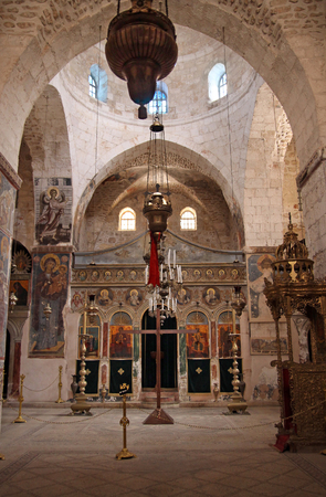 iconostasis: JERUSALEM, ISRAEL - OCTOBER 14, 2014: Orthodox Monastery of the Holy Cross, one of the oldest in Jerusalem, according to legend, was built where Lot planted the tree of the Cross Editorial