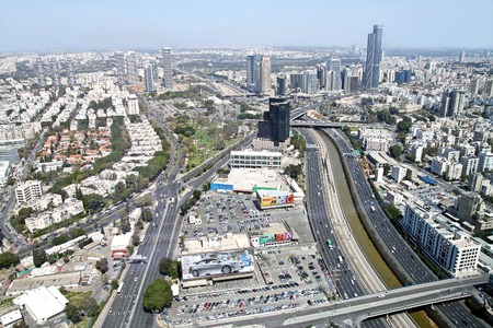 ramat aviv: TEL AVIV, ISRAEL - MARCH 21, 2011: View from the heights of Tel Aviv and the Diamond Exchange in Ramat Gan Editorial