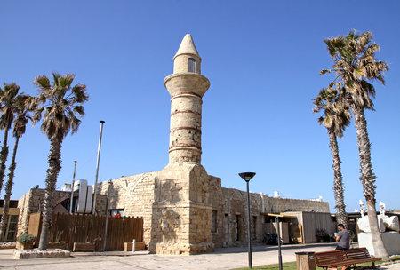 caesarea: CAESAREA, ISRAEL - FEBRUAR 28, 2016: Bosnian mosque in the National Archaeological Park Caesarea Editorial