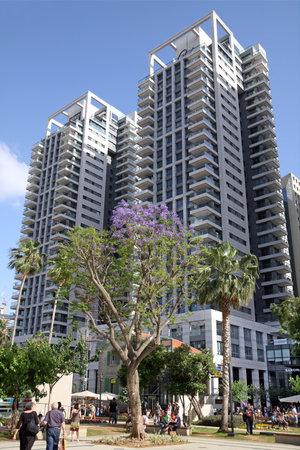aviv: TEL AVIV, ISRAEL - APRIL 27, 2016:  High-rise residential towers in the Sarona quarter in Tel Aviv
