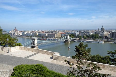 building a chain: Top view of the Szechenyi Chain Bridge is a suspension bridge across the River Danube between Buda and Pest Stock Photo