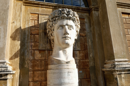 VATICAN,  VATICAN - DECEMBER 29, 2017: Head from the colossal statue of Augustus in the courtyard of the Vatican Museums Editöryel