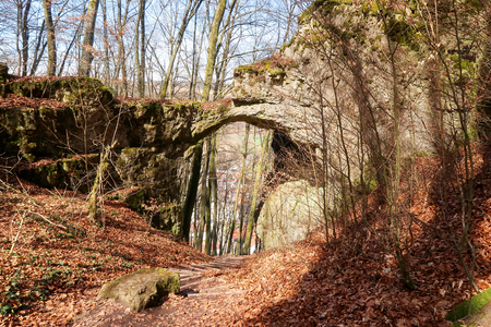 Gateway rock at castle remains Torfelsenclose to Beilngries, Germany, seen from above Stock Photo - 119092498