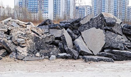 bitumen: Construction waste: bitumen and stone