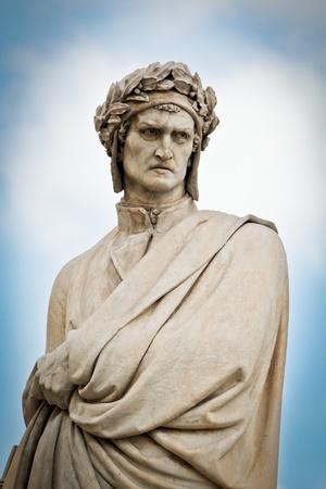 dante alighieri: Statua di Dante Alighieri - Firenze