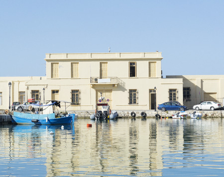 Statek w zatoce, Kreta, Grecja