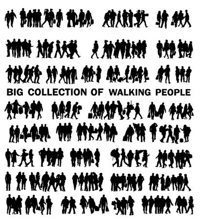 pasear: conjunto de personas que caminan