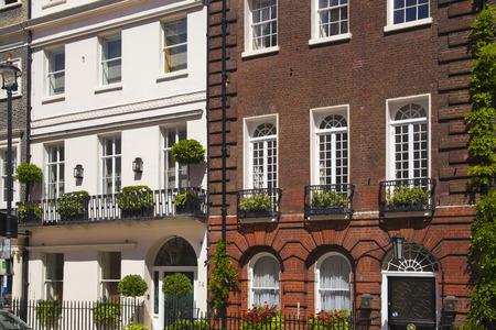 st james s: LONDON, UK - JUNE 3, 2014  Mayfair town houses, centre of London