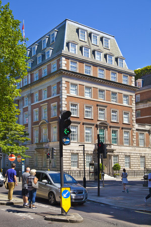st james s: LONDON, UK - JUNE 3, 2014  Mayfair town houses and flats, centre of London Editorial