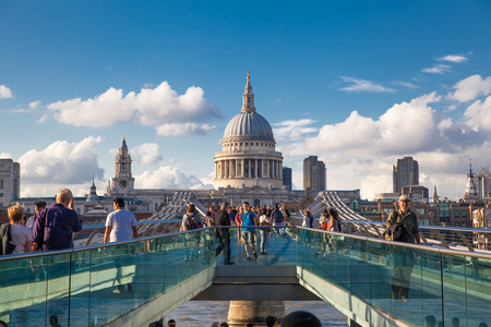 millennium bridge: London, St Pauls cathedral Editorial