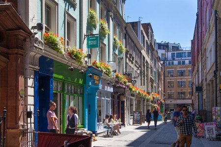 london people: LONDON, UK - 22 JULY, 2014: Kingly st. going in parallel to Regent street. Famous shopping and restaurants aria