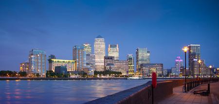 canary wharf: Canary Wharf night view Editorial
