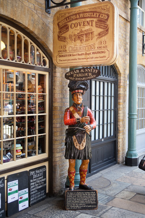 british food: LONDON, UK - 22 JULY, 2014: Pub in Covent Garden market Editorial