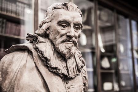robert bruce: LONDON, UK - NOVEMBER 30, 2014: Sir Robert Bruce Cotton. Sculpture of The Enlightenment Gallery British museum