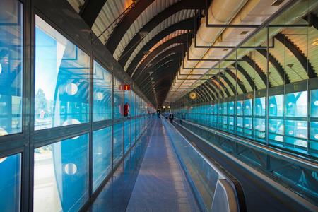 barajas: MADRID, SPAIN - MAY 28, 2014 Madrid airport interior Editorial