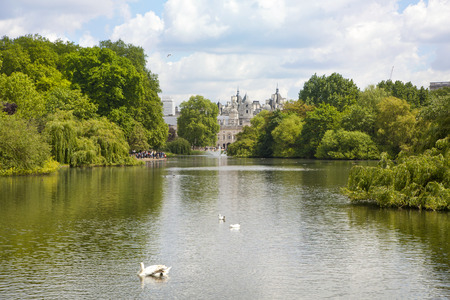 city of westminster: LONDON, UK - MAY 14, 2014: - St James park, nature island in the middle of busy London, City of Westminster and the oldest of the Royal Parks Editorial
