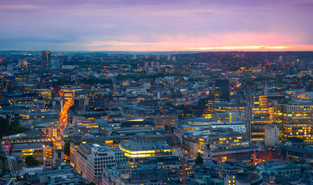 London at sunset, panoramic view Foto de archivo