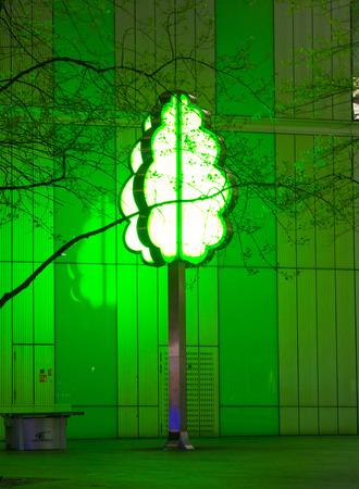 light up: Green tree light up in the night, London Editoriali