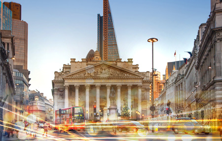 traffic building: Stock exchange building and traffic lights, London Stock Photo