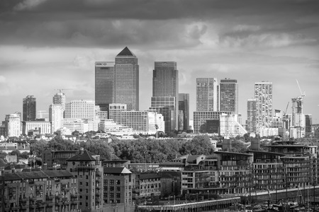 corporative: LONDON UK - SEPTEMBER 19, 2015 - Canary Wharf view, modern buildings of offices, banks and corporative companies