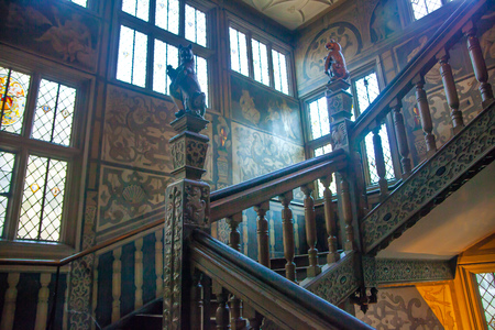 manor: SUSSEX, UK - APRIL 11, 2015: Sevenoaks Old english mansion interior. Painted stairs