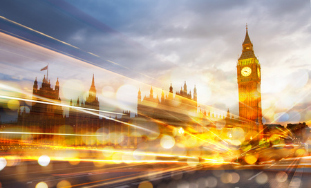 London sunset. Big Ben and houses of Parliament Stockfoto