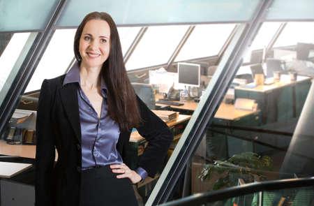 negocios internacionales: Mujer joven atractiva en la oficina, Londres Foto de archivo