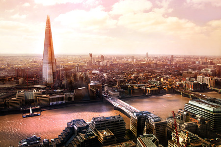 London panorama at sunset, Shard, London bridge and river Thames 免版税图像