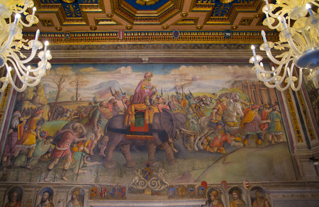 doge's palace: ROME, ITALY - APRIL 8, 2016: Capitoline Museums. Interior of Palazzo Nuovo.