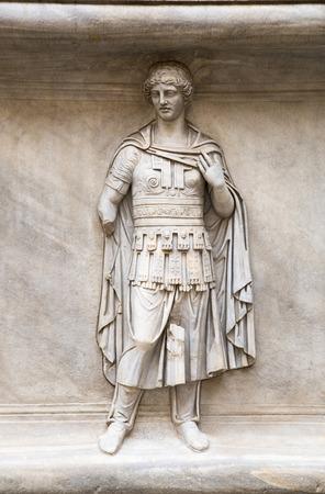 escultura romana: ROMA, Italia - abril 8, 2016: escultura de m�rmol romano de Museos Capitolinos, Roma Editorial