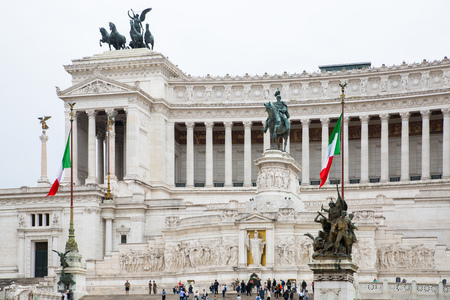altar of fatherland: ROME, ITALY - APRIL 8, 2016:  Altar of the Fatherland (Altare della Patria) 1925. Piazza Venezia . Vittorio Emanuele II in Rome, Italy Editorial