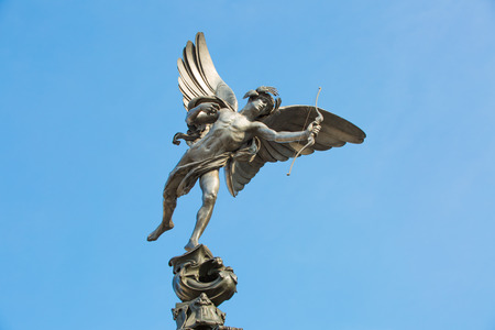 piccadilly: Eros monument at Piccadilly circus