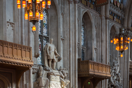 guildhall: LONDON, UK - SEPTEMBER 20, 2015: Interior of Guildhall Yard, dated back to 1396 year. Hall contains memorials to  Admiral Lord Nelson, the Duke of Wellington, William Beckford, and Winston Churchill.