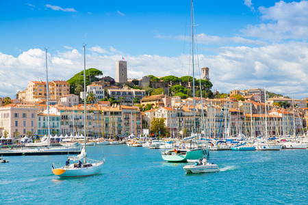 Cannes, France - September 18, 2016: Le Vieux Port of Cannes view. Cannes yachting festival Imagens - 90481654