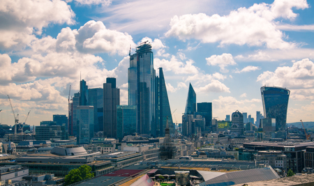 London, UK - June 20, 2019: City of London view from the St. Paul's cathedral at sunny summer day. View includes skyscrapers of banking and offie area Foto de archivo - 129746155
