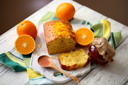 cake with oranges and olive oil